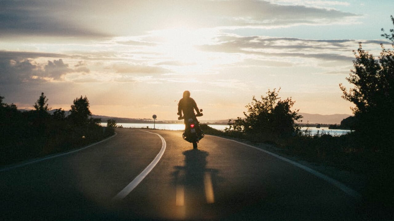 What are the odds of surviving a motorcycle accident?